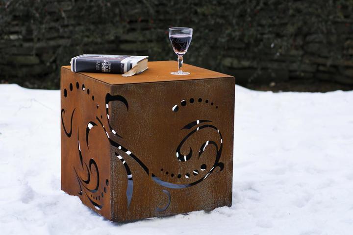 Cortenová kocka Guba design