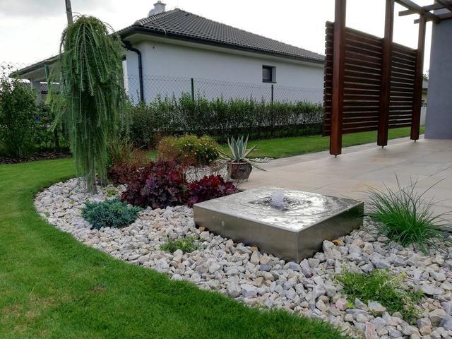 Nerezová fontána Guba design